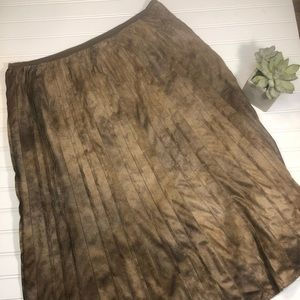 NIC & ZOE 16 Brown Pleated Lined Skirt